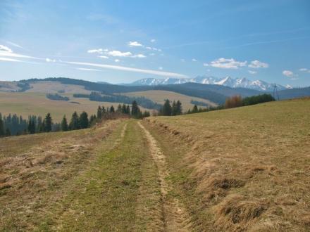 Gmina Łapsze Niżne podpisała umowy z wykonawcami ścieżek rowerowych na II etapie Szlaku wokół Tatr