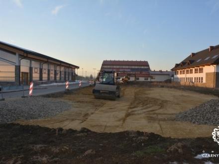 Rozpoczyna się budowa parkingu w Czarnym Dunajcu