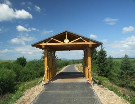 Trzy mosty na trasie rowerowej na Słowacji