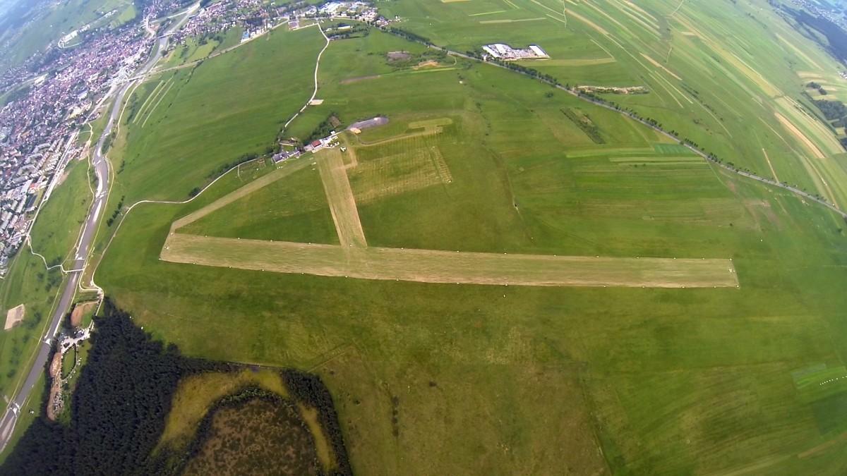 Lotnisko Nowy Targ